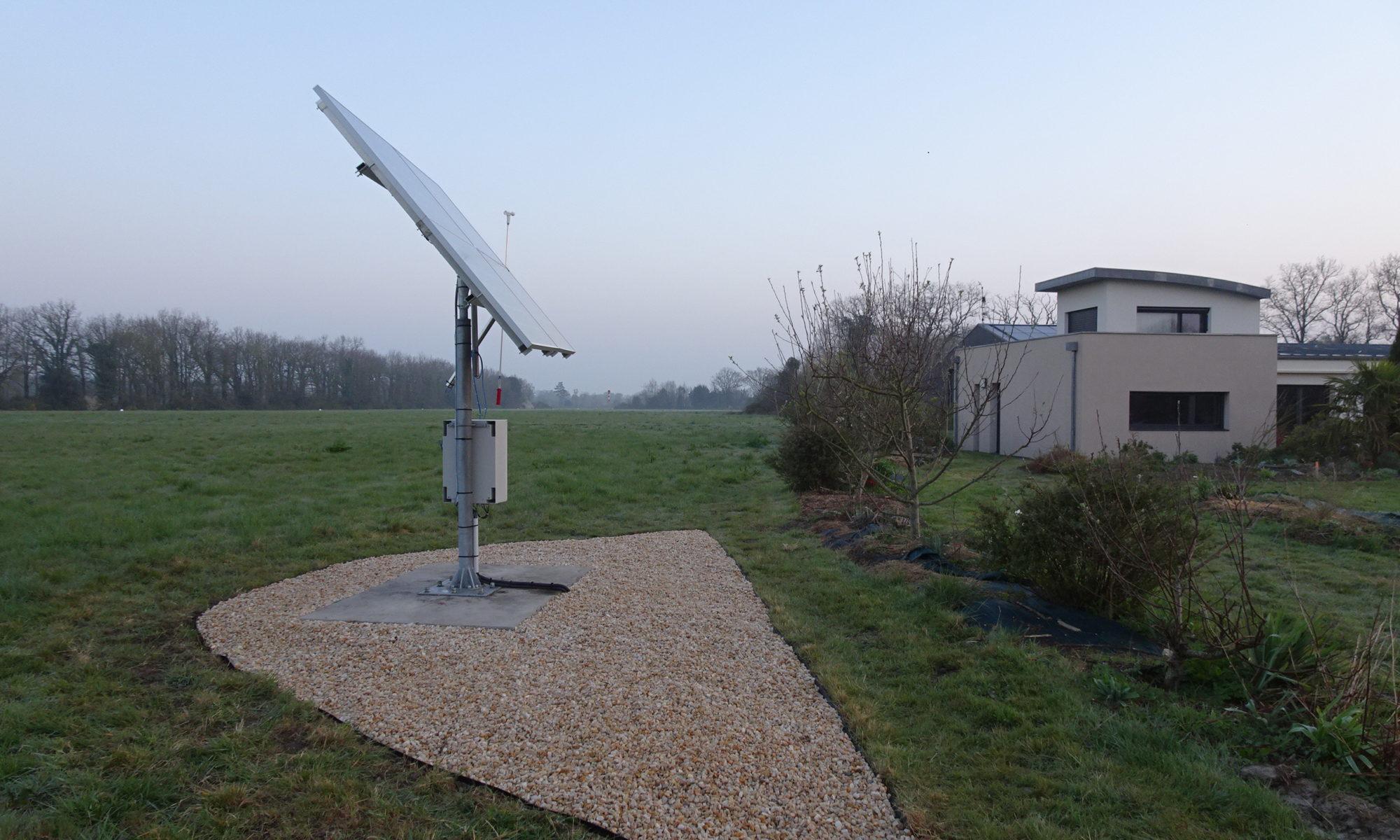Suiveur solaire Tournesol : le panneau solaire de petite capacité, adapté aux maisons individuelles et pavillons