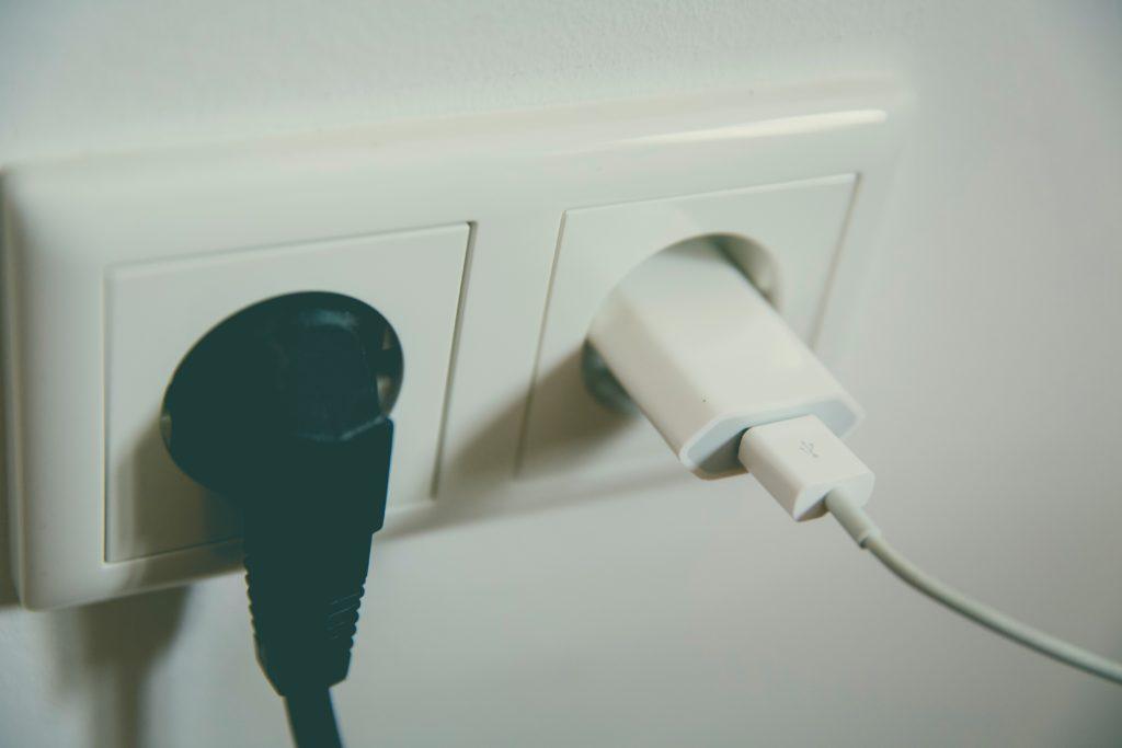 Identifiez si c'est la prise de courant qui est à l'origine de la coupure d'électricité